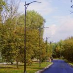 wysoka latarnia uliczna
