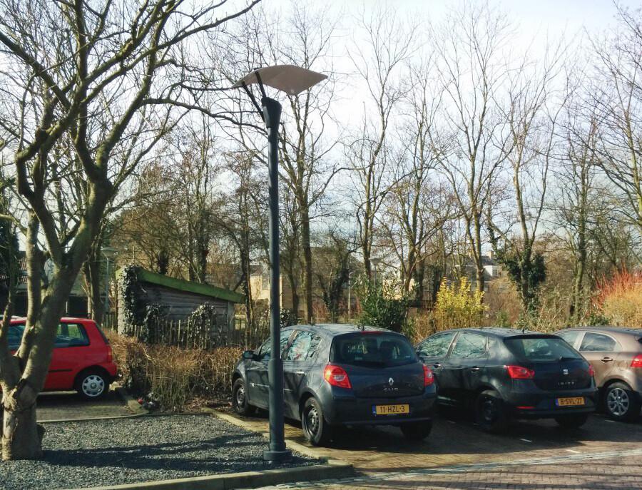 latarnia na parkingu